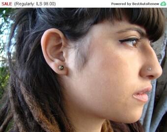 Flat Dot nose stud, Silver nose stud, tribal nose stud, nose pin, nose screw, nostril stud, small nose stud, 925 nose stud, Symbol nose Stud