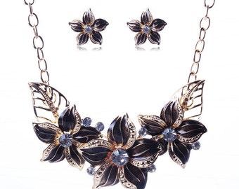 Jewelry Flower Pendant Bib Statement Chunky Crystal Necklace Earrings Set