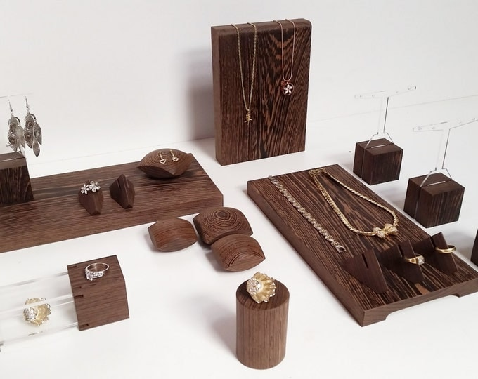 Jewelry display set for craftshow and shopwindow