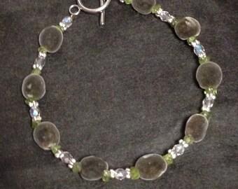"Hawaiian Big Island Mgambo Seeds and Peridot Bracelet or Anklet ~ Custom Sizes 5""-14"""