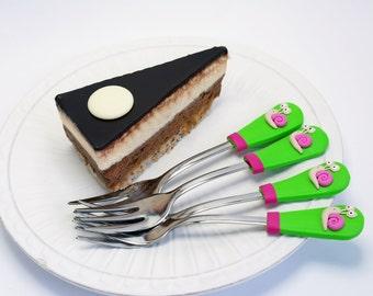 Snail Dessert forks, Snail birthday party theme, pink green, fork set, flatware forks, cake forks velwoo