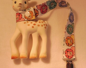BatesCreates Sophie the Giraffe leash, tether, toy - 100% cotton fabric - topstitched (COLOURED LIONS)