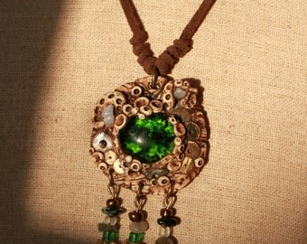 Amulet Steampunk Octopus green Charmeuse