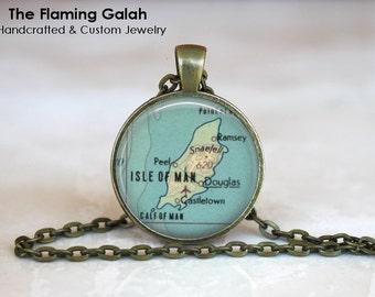 ISLE Of MAN Map Pendant • Vintage Isle of Map • Map of Isle of Man • UK Island Map • Gift Under 20 • Made in Australia (P1185)