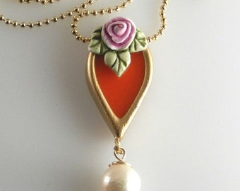 SUMMER SALE. Romantic orange necklace with pearl and rose. Vintage Style. Drop-shaped necklace