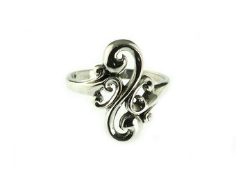 SALE--Sterling Scroll Ring