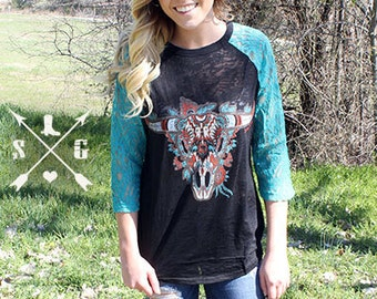 Burnout Raglan Aztec Bull Southern Grace burnout