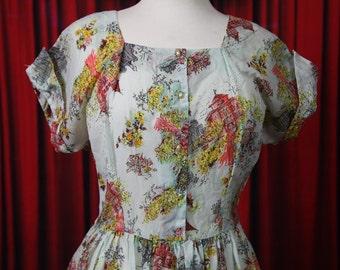 1950's Novelty Print Villa Dress XL Vintage
