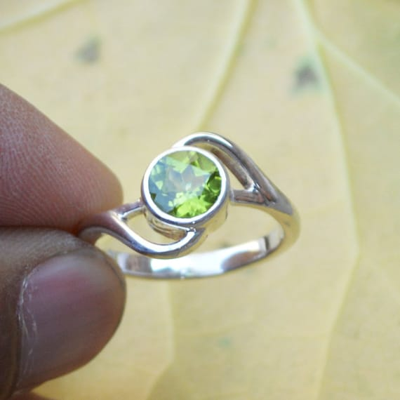 Natural Peridot Gemstone Ring- Solid 925 Sterling Silver Ring Size 7.5 -August Birthstone Jewelry -Unique Designer Peridot Ring Size 7.5