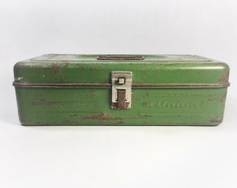 Vintage Union Rusty Green Metal Toolbox, Vintage Industrial Box