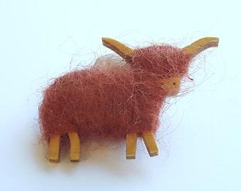 Wooly Sheep Pin~Wool Sheep Brooch~Woolen Animal Brooch~Fiber Animal Pin~Animal Lover gift~by JewelsandMetals