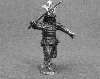 Collectible Action Figurines -Japanese  Samurai 16th Century Unpainted 1/32 Scale Toy Soldier 54mm Tin Miniature Statuette