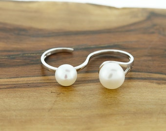 925 Sterling Silver Freshwater Pearl Two Finger Ring