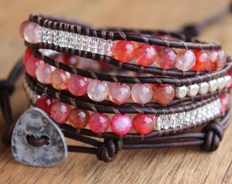 Red/pink agate mix beaded triple wrap bracelet