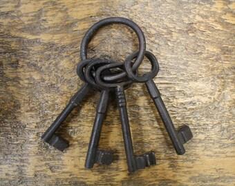 Vintage Style Cast Iron Keys