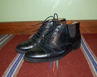 "Men Size 9 Vintage ""Jonathan Richards"" Black Ankle Dress Boots"