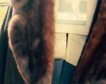 Fabulous brown wool coat with luscious mink fur collar
