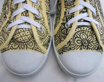 Lemon shoes, Hand painted Shoes, hand painted sneakers, yellow sandshoes, AU 10 EU 41 US 10, upcycled sneakers, art to wear, wearable art