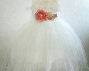 First Communion dress, baptism dress, girl dress, vintage, white or ivory dress elegant girl, flower, flowers sash girl