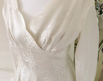 Vintage 1950s Ivory Duchess Satin Wedding Dress