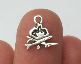 12 Camp Fire Charms Antique Silver 11mm x 11mm - SC899