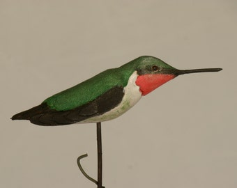 ruby throated hummingbird carving