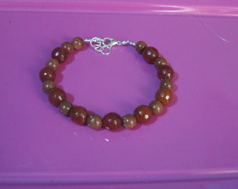 vera Sun stone bracelet and carnelian gemstones jewelry woman