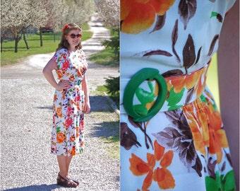 Vintage 1940s-Style Rayon Tropical Print Peplum Dress / Handmade / Vintage / WWII / Swing Dress / Size L-XL