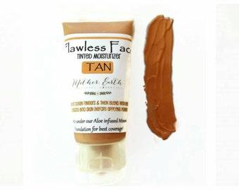 Flawless Face Tinted Moisturizer - Beauty Care - Cosmetics - Makeup - Women - Organic - Nourishing - Face - Light Coverage