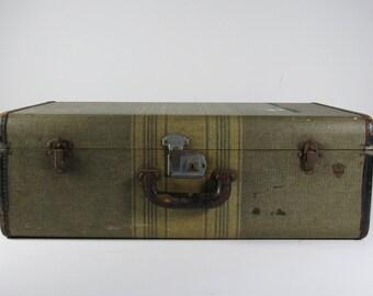 """Vintage """"McBrine Baggage"""" Suitcase - Vintage Hard-Body Suitcase - Vintage Tweed Suitcase - Perfect Vintage Suitcase to Stack"""