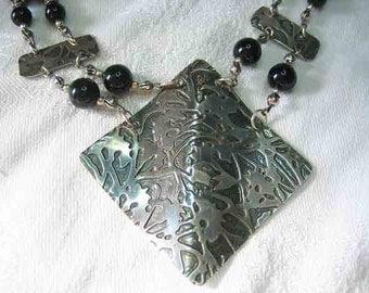 Vintage Gardella Sterling Pendant Onyx Beaded Necklace