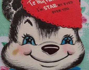 Vintage kitsch Valentine's card paper ephemera 1940s 1950s bear with starry eyes