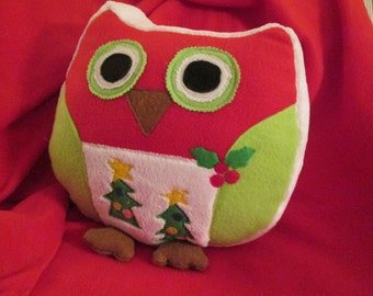 """14"""" Cuddly Christmas Owl Pillow"""