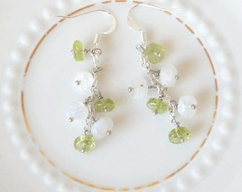 Hanging earrings Peridot Heishi Moon stone Heishi Silver Spring Green silver faceted necklace