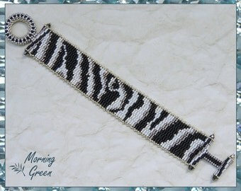 Black and White Zebra Peyote Bracelet, Black , White, and Silver delica seed bead bracelet