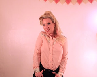 ON SALE Pale Pink Western Button-Up *was 20.00*