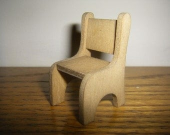 Wooden chair set of 3 in 1:24 scale Dollhouse miniature