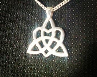 Celtic Trinity Heart Knot Symbol Pendant Sterling Silver 0.925