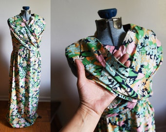 Medium/Large - Maxi Floral Dress