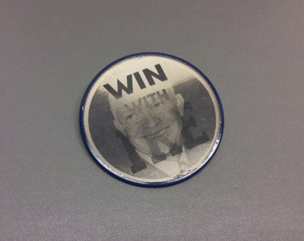 Win With Ike Flasher Campaign Button, 1950s