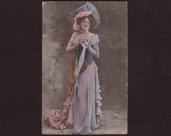 Lady in stunning outfit - Hand tinted, risque, woman, French Edwardian postcard, antique greeting card - 1905 (C9-26)