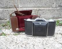 Vintage camera - Zeiss Ikon Ikonta 522/24 - vintage 35mm camera in leather case - rare camera German vintage lens