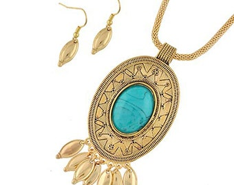 SALE!  Jewelry Set for Fitbit Flex or Flex 2 - The EMBER Boho Chic Turquoise and Gold Fitbit Necklace and Earrings Set - FREE U.S. Shipping