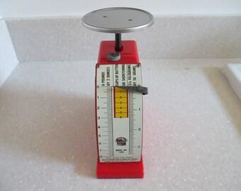 Vintage 1948 Hanson Red Plastic Scale