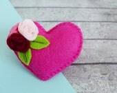 Heart Pin - Pink Heart Brooch - Felt Flower Pin - Pink Brooch - Heart Badge - Pink Pin - Gift For Mum - Gift For Girlfriend - Romantic Gift