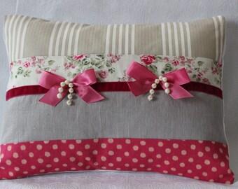 Cushion shabby chic patchwork print