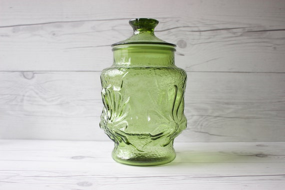 Anchor Hocking Avocado Green Rainflower Glass Canister