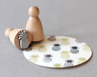 Stamp Pineapple small outline B062