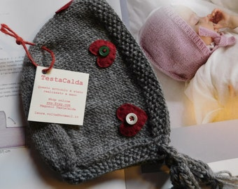 Grey with red hearts wool hat for girls 12-18 months
