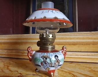 Porcelain oil lamp Kutani Japan. Old 50's